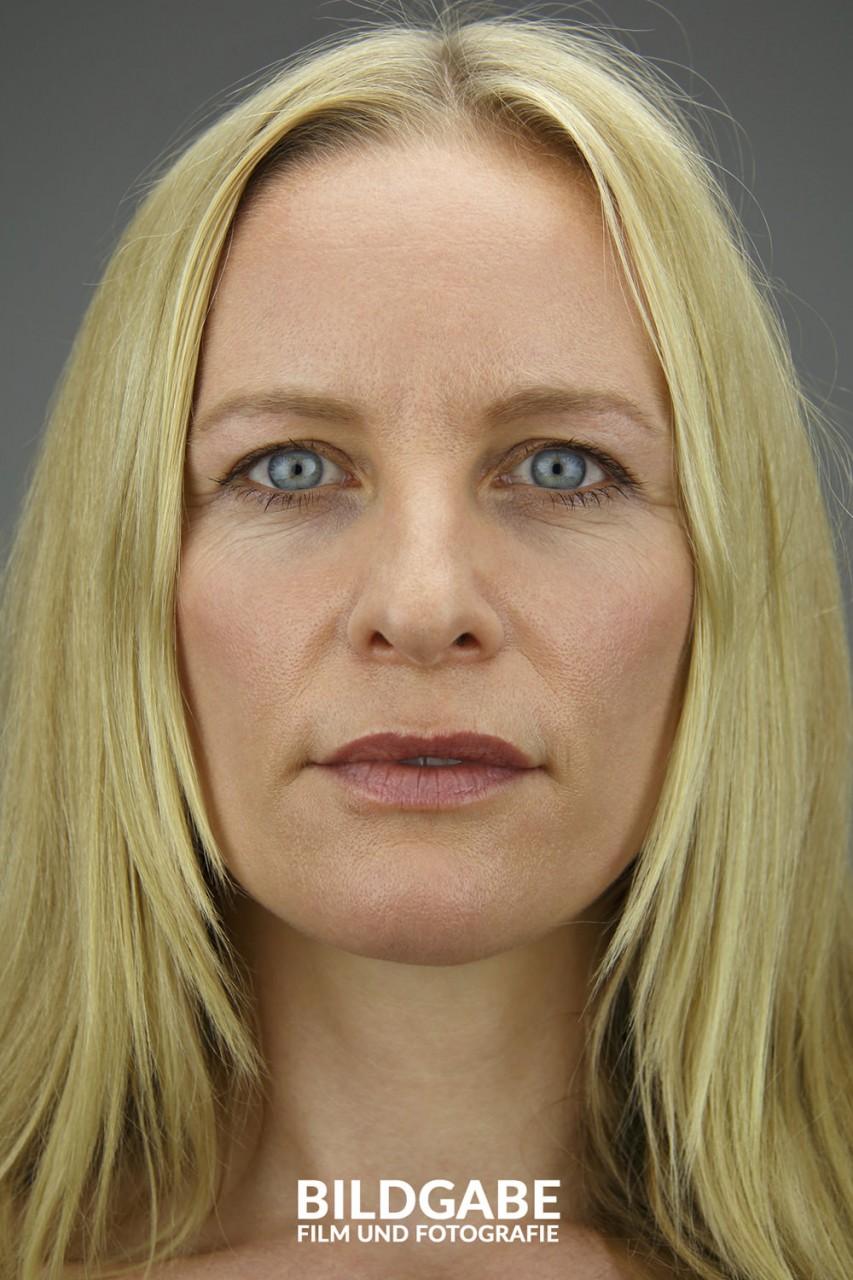 daniela portrait